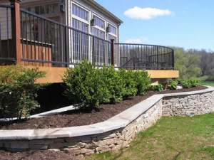 Pavered retaining wall ( Archadeck)