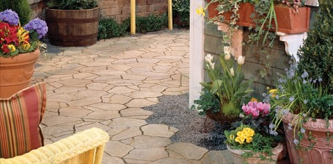 Belgard patio and patio garden