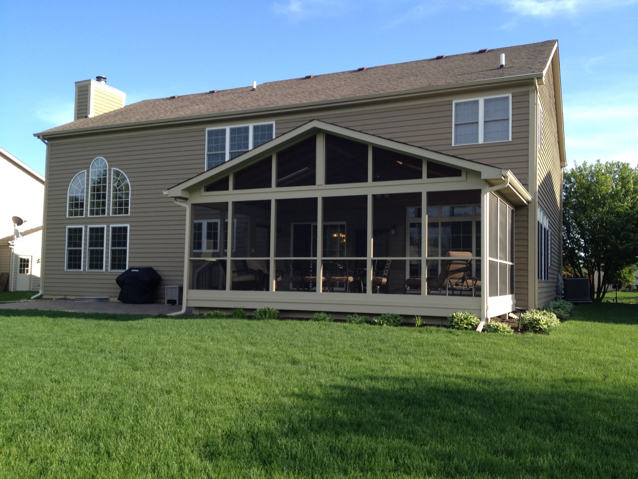 Screened porch patio for Outdoor porches and patios