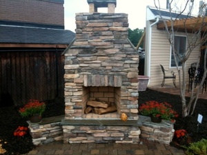 outdoor-fireplace-charlotte