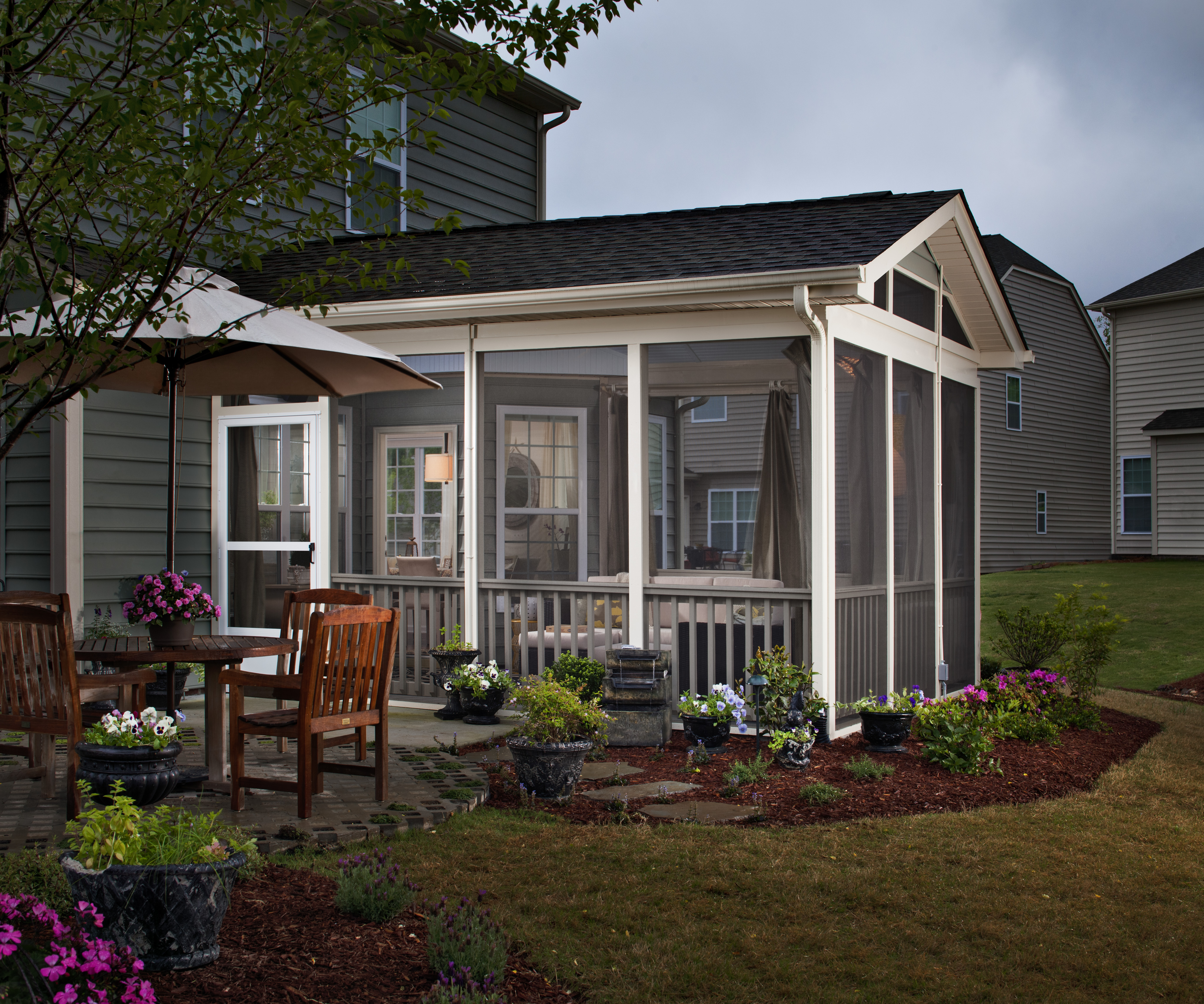 Back Porch Design Ideas: Pic Of Screened Porch To Enclosed Room