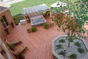 Deck with planter