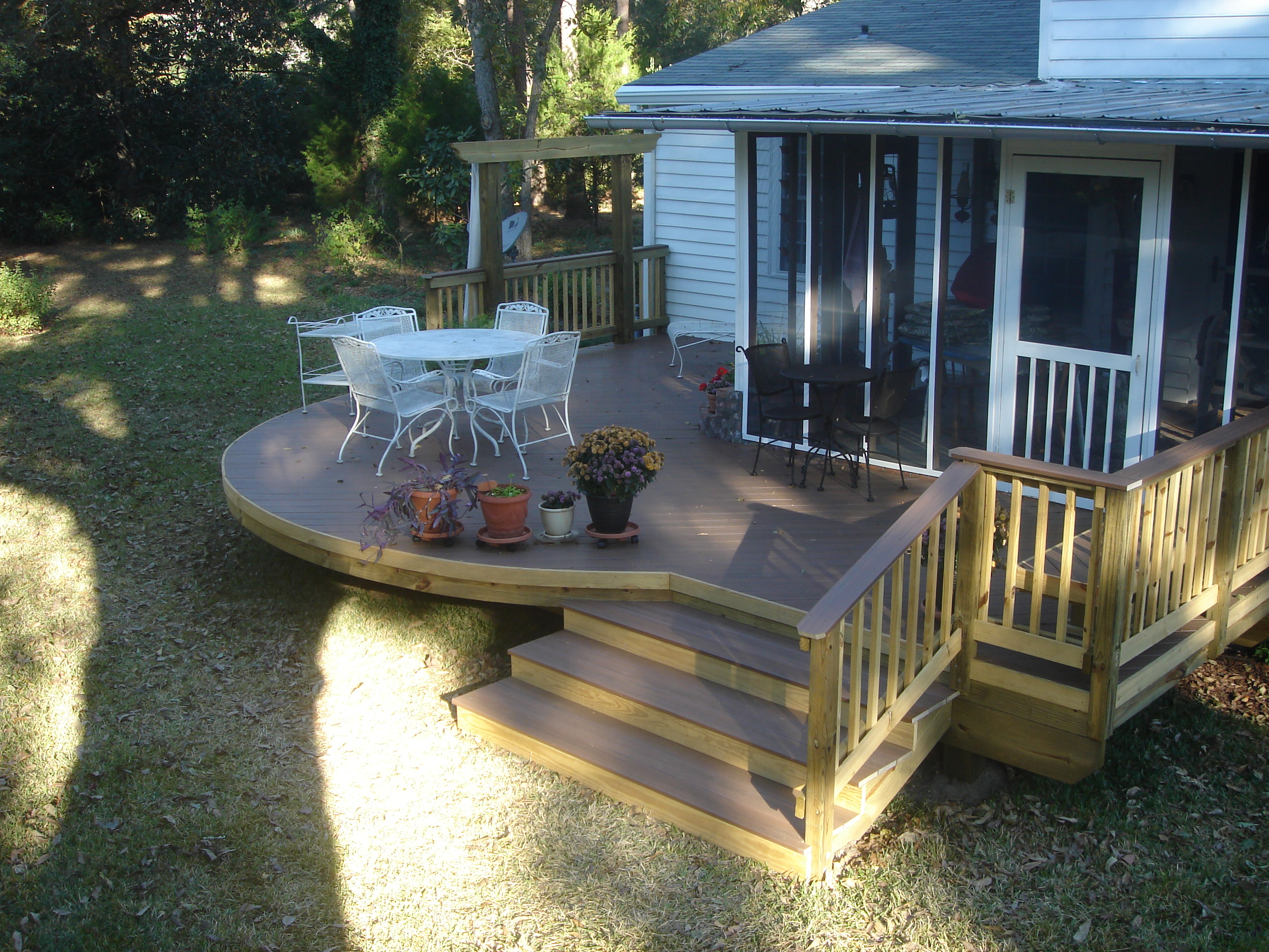 how to build a curved decking frame