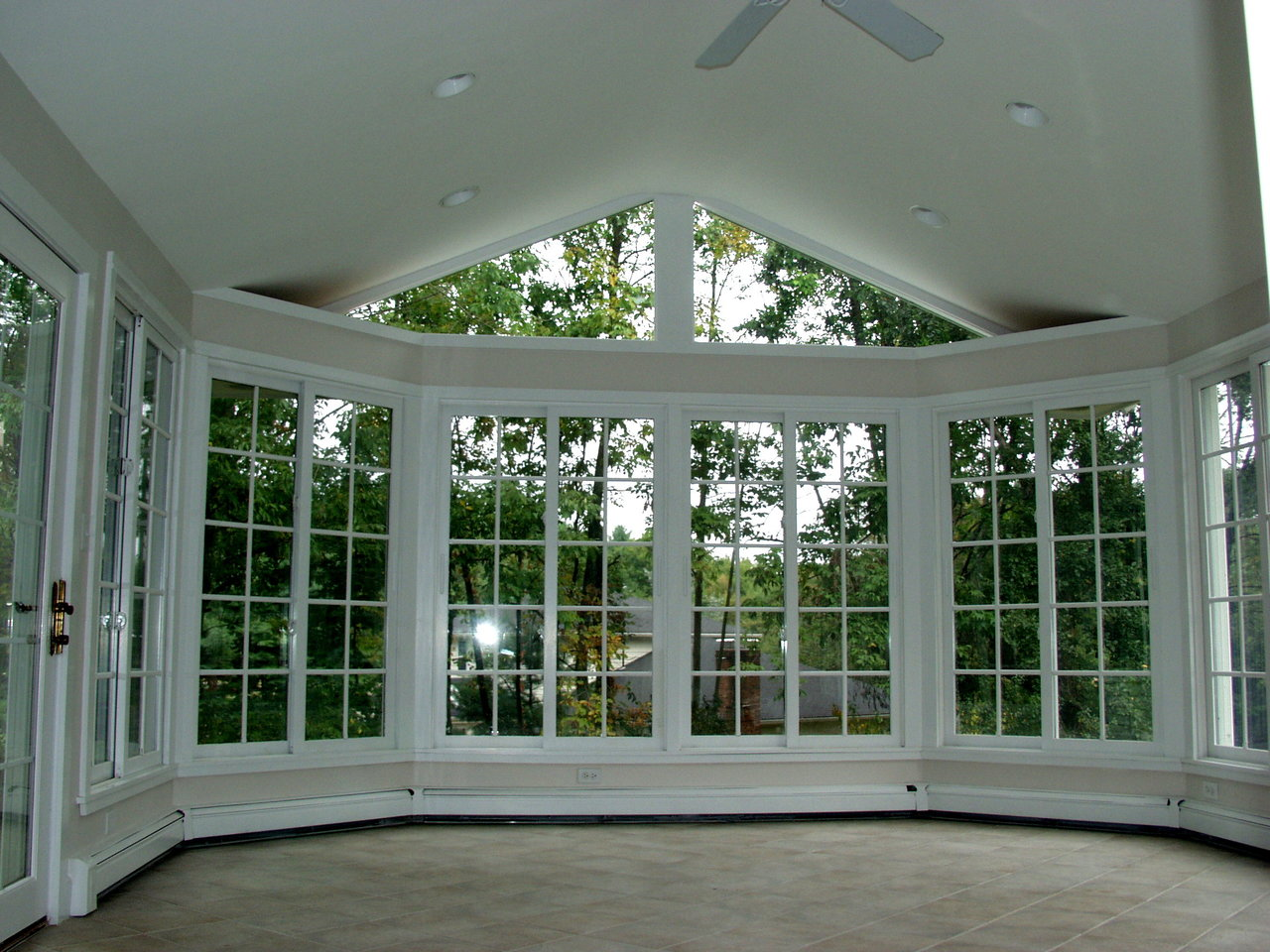 Blog archadeck outdoor living for Sunroom attached to house